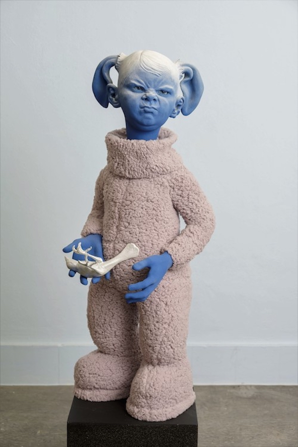 Heb ik weer! (2020) 80 x 40 x 30 cm, Ceramic, textile, mixed media