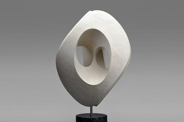 'Filo Calcare' (2018), H 50 cm, Massangis Limestone