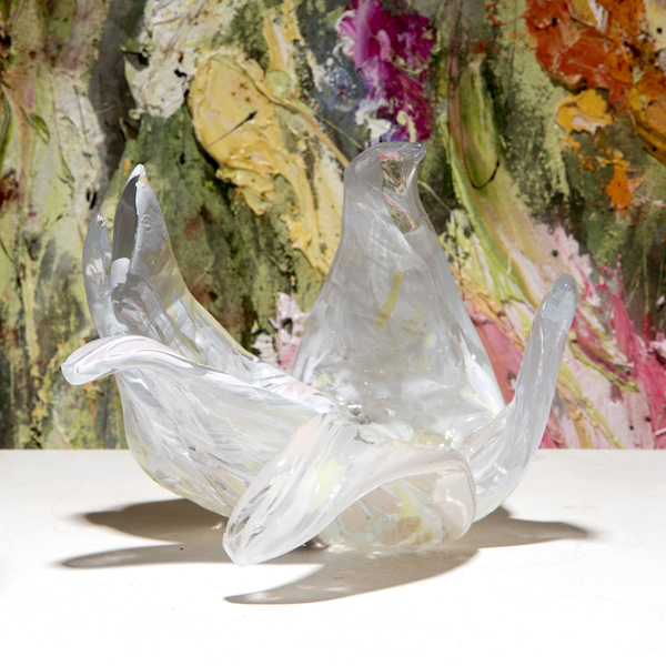'Paradis - Blanc' (2021) ±35 x 30 x 20 cm, Glass