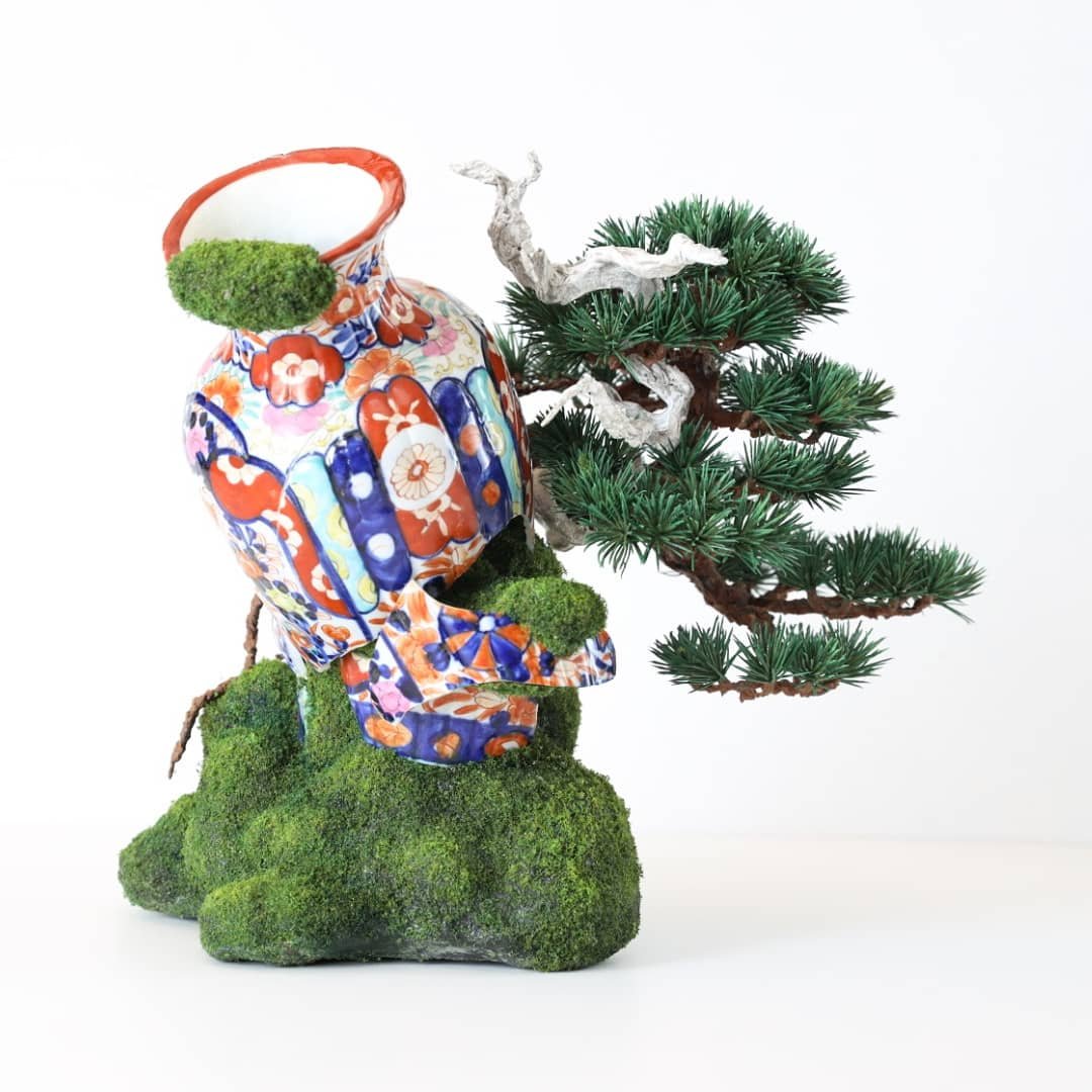 'Japanese decay' (2021) 40 x 35 x 25 cm, Mixed media